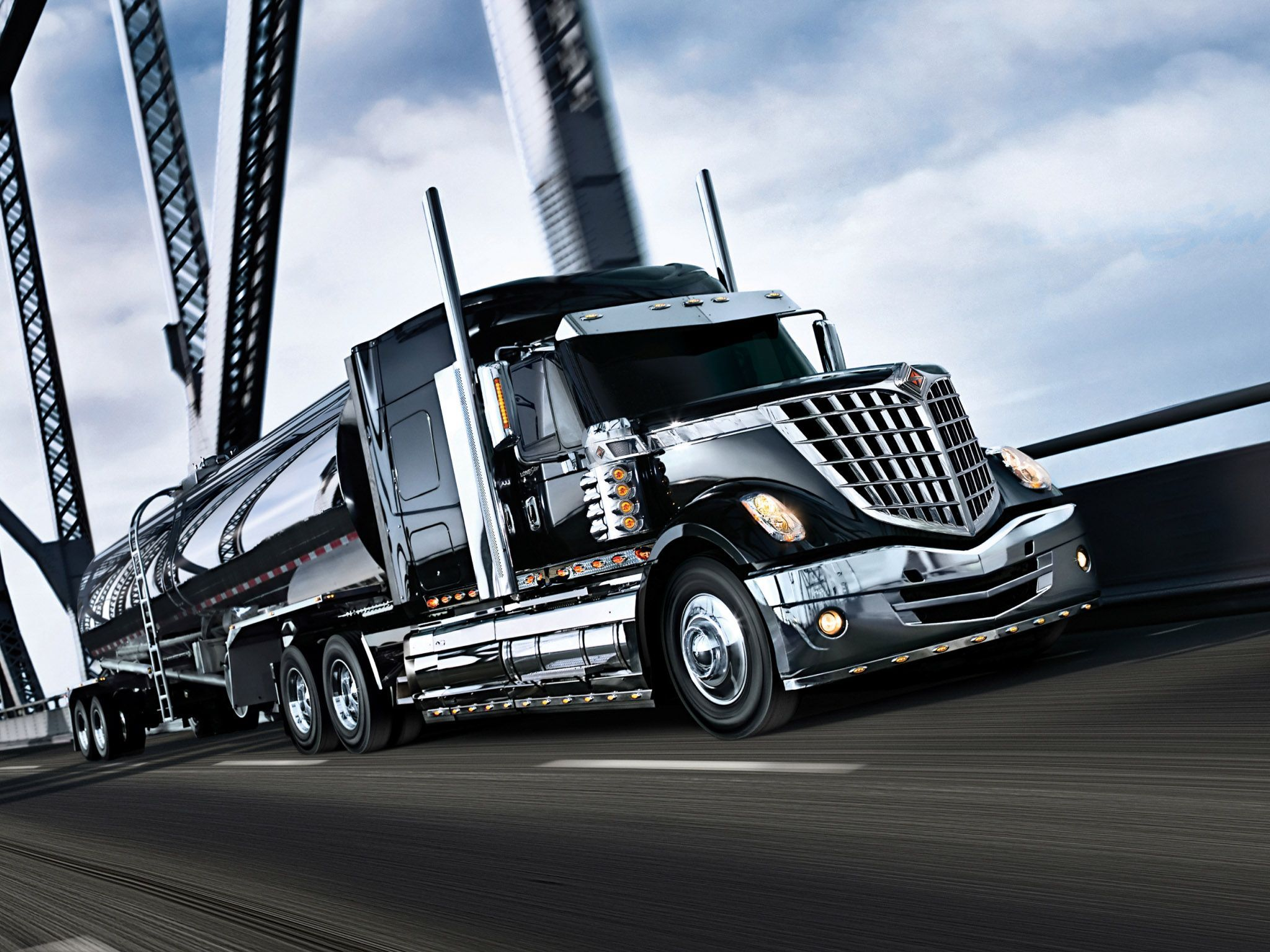 International Truck Wallpaper