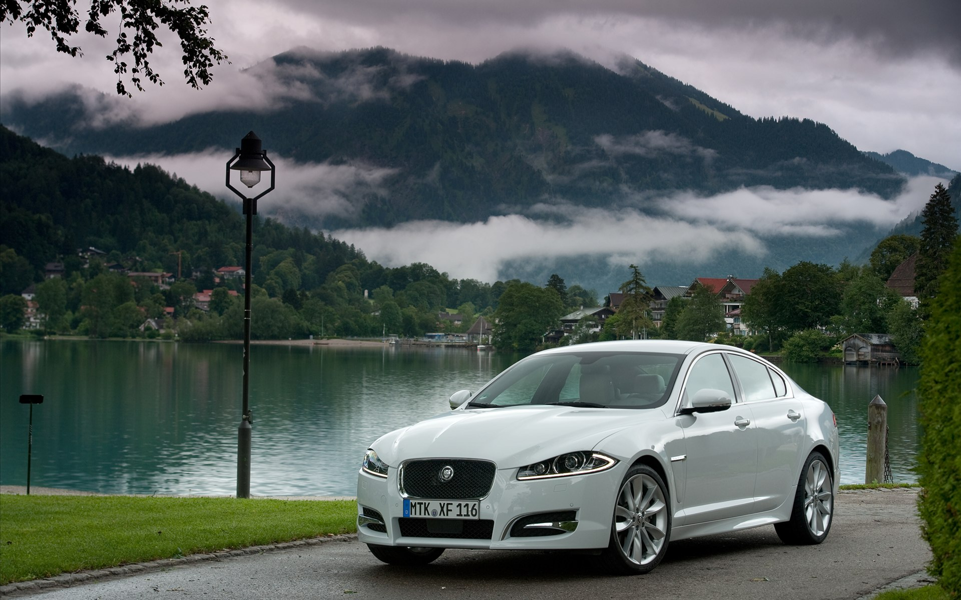 Jaguar Xf Pictures Wallpaper
