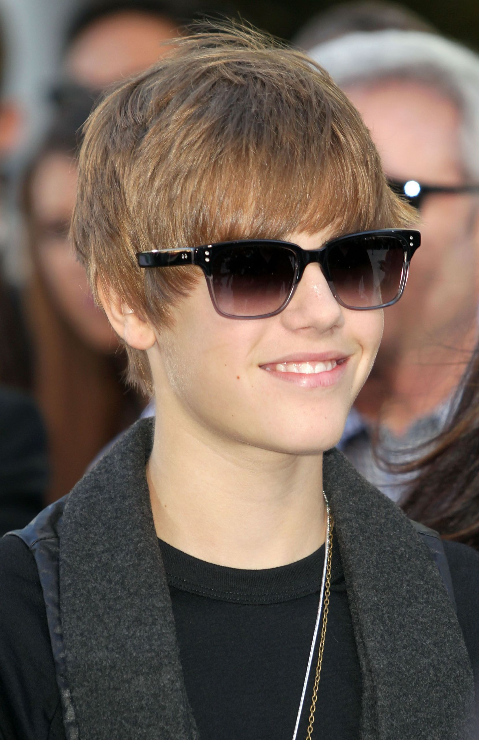 Justin Bieber Wallpapers 2011 Free Download