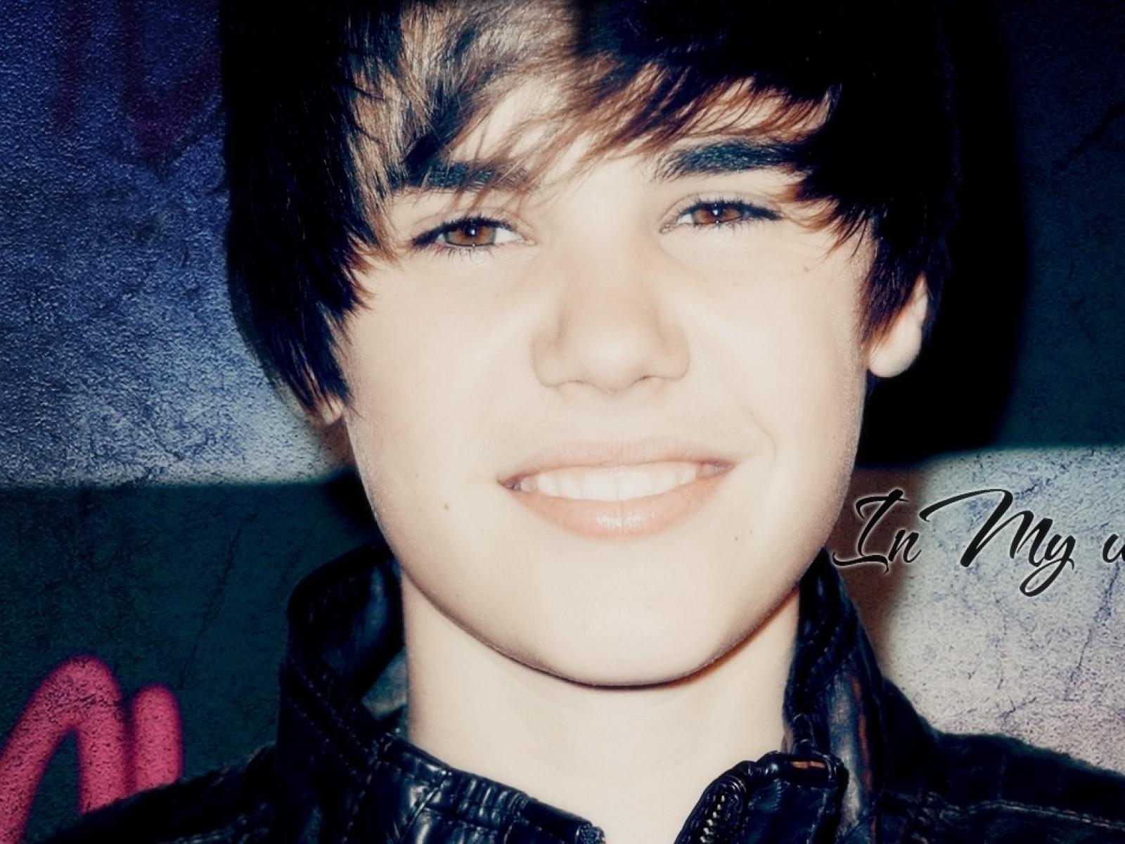 Download Justin Bieber Wallpapers 2011 Free Download Gallery