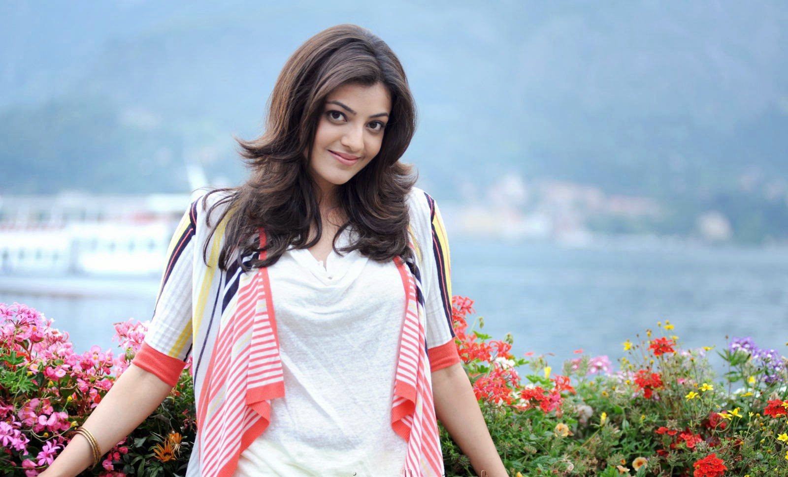 Kajal Agarwal New HD Wallpapers