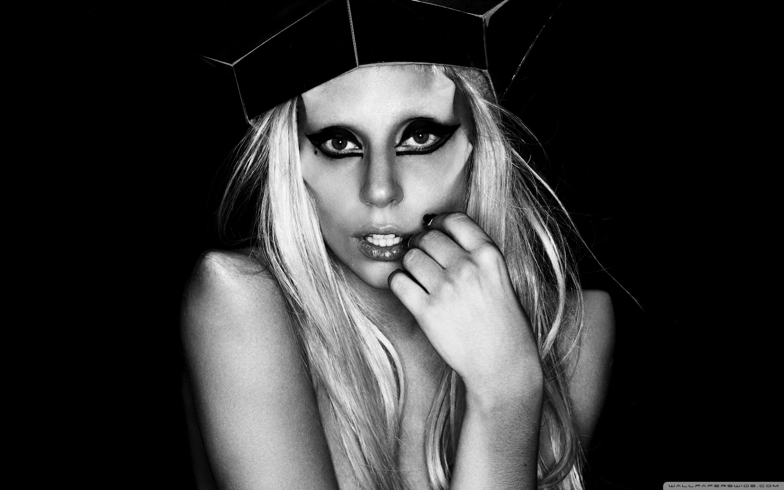 Lady Gaga Born This Way Wallpaper