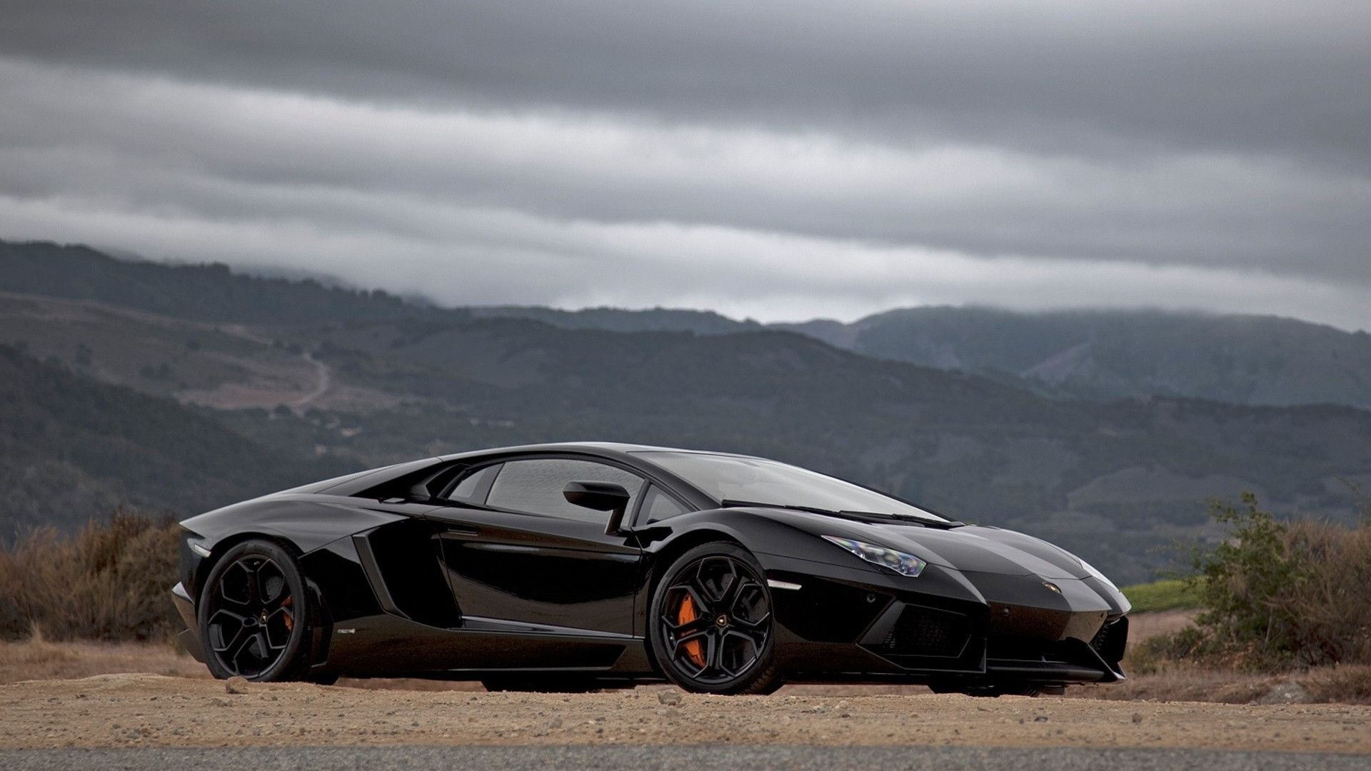 Lamborghini Aventador Black Wallpaper HD