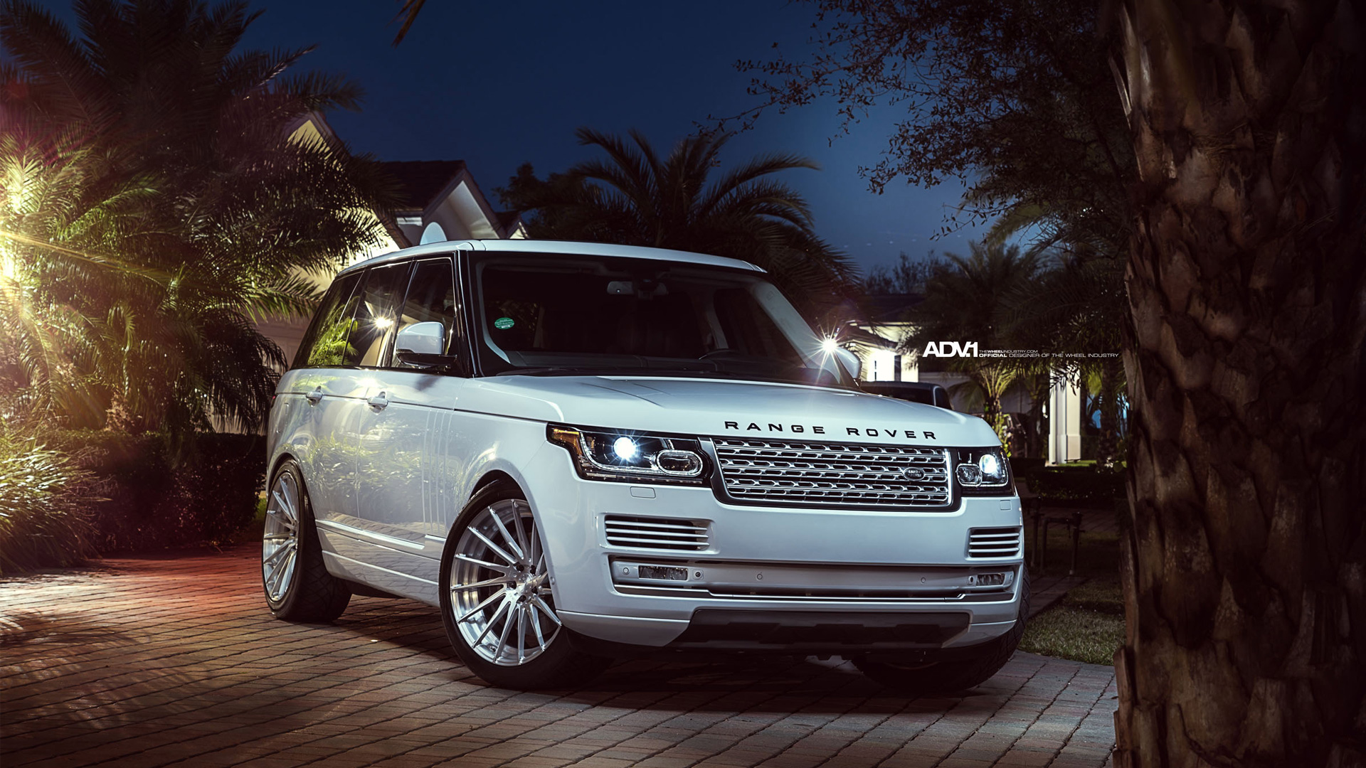 Land Rover Car Wallpaper
