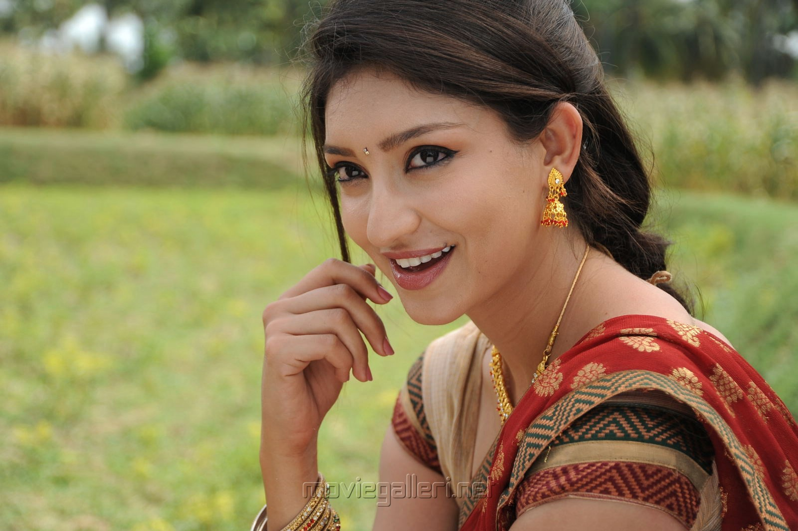 Latest Wallpaper Actress