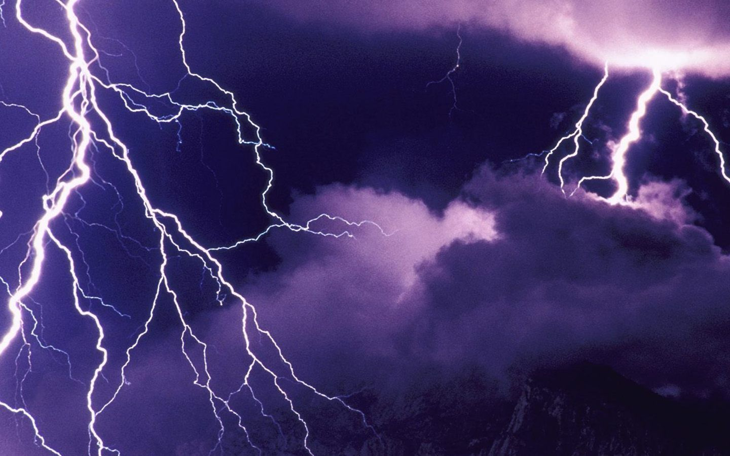 Lightning Wallpaper Free