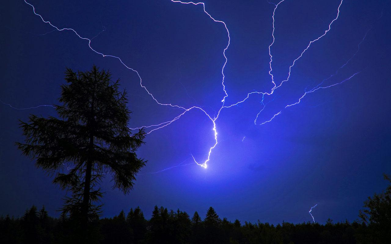 Live Thunderstorm Wallpaper