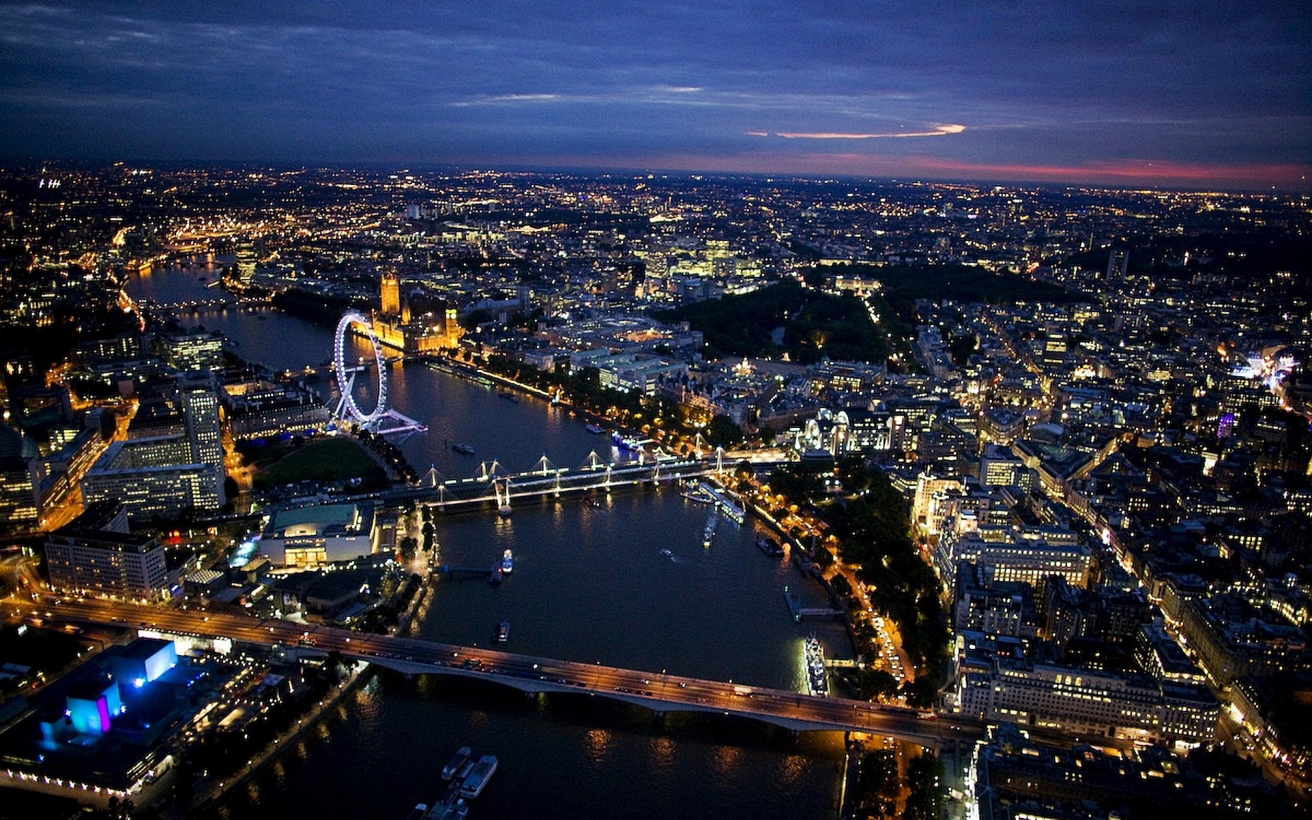 London At Night Wallpaper