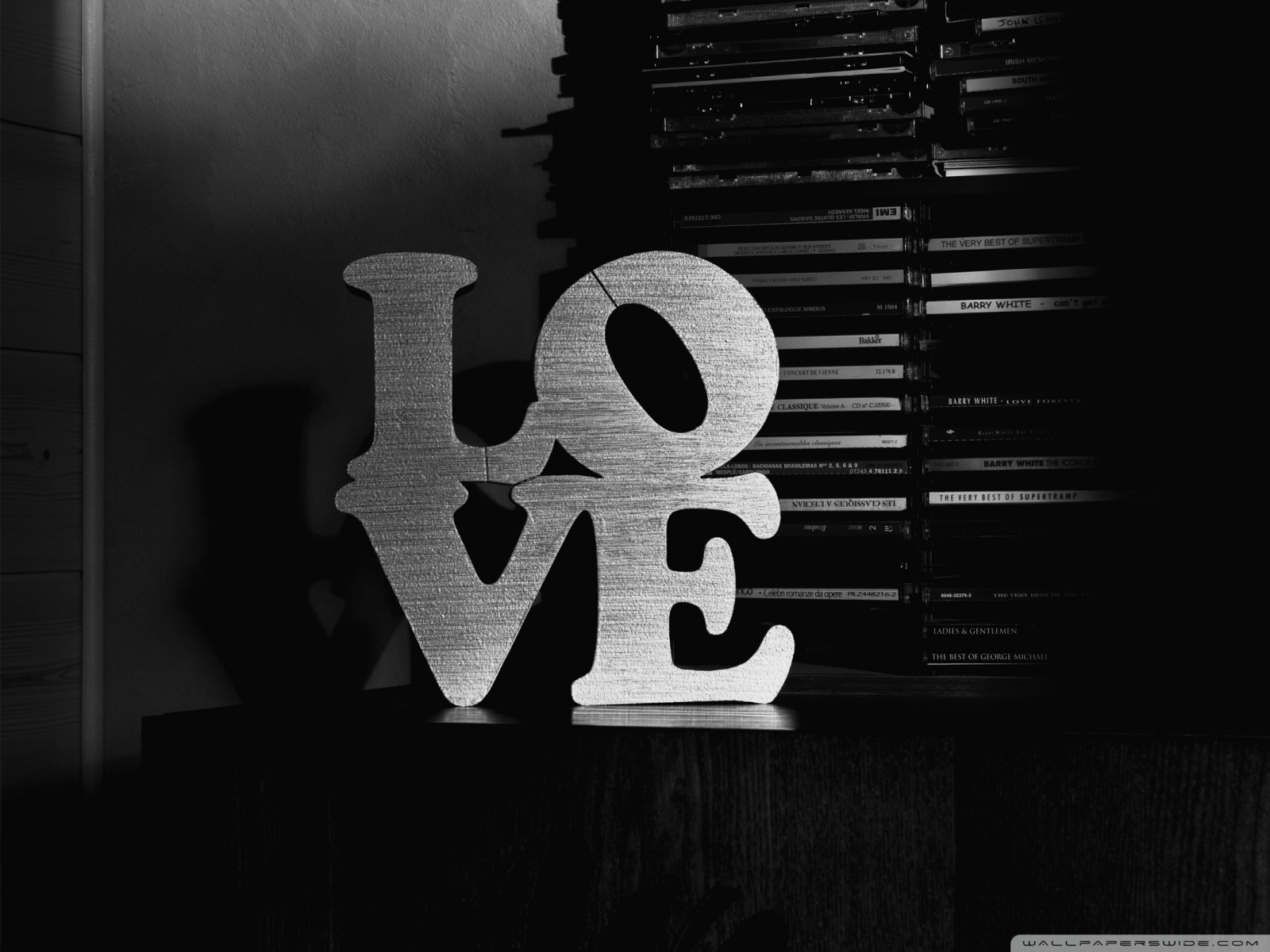 Love Black And White Wallpaper
