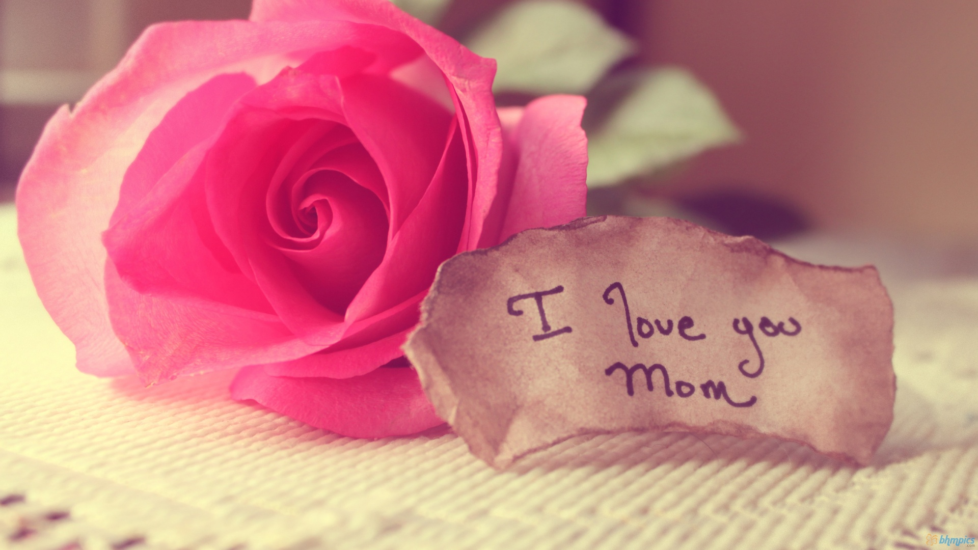 Love Mom Wallpaper