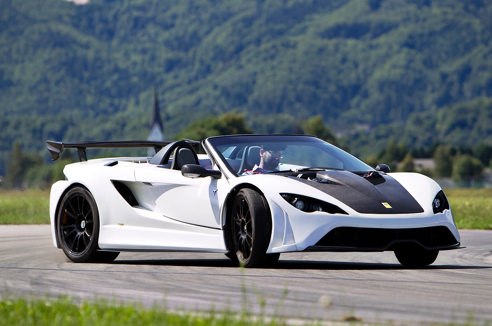 Download Luxury Car Wallpapers Free Download Gallery