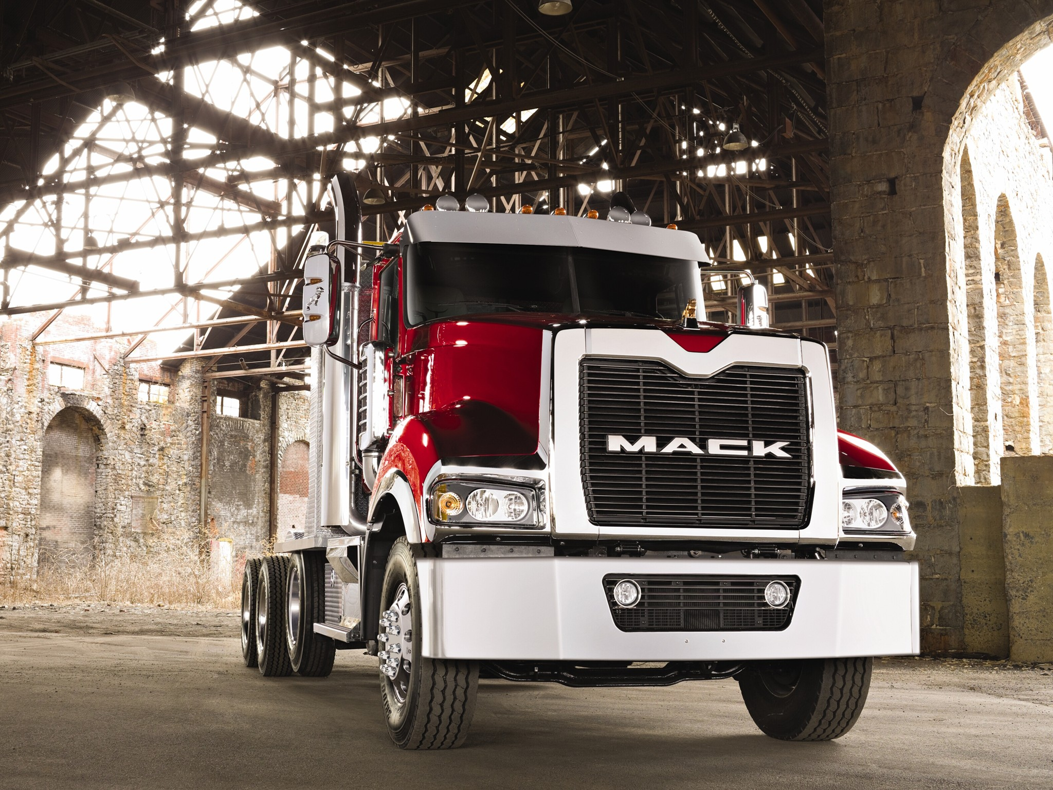 Mack Trucks Wallpapers