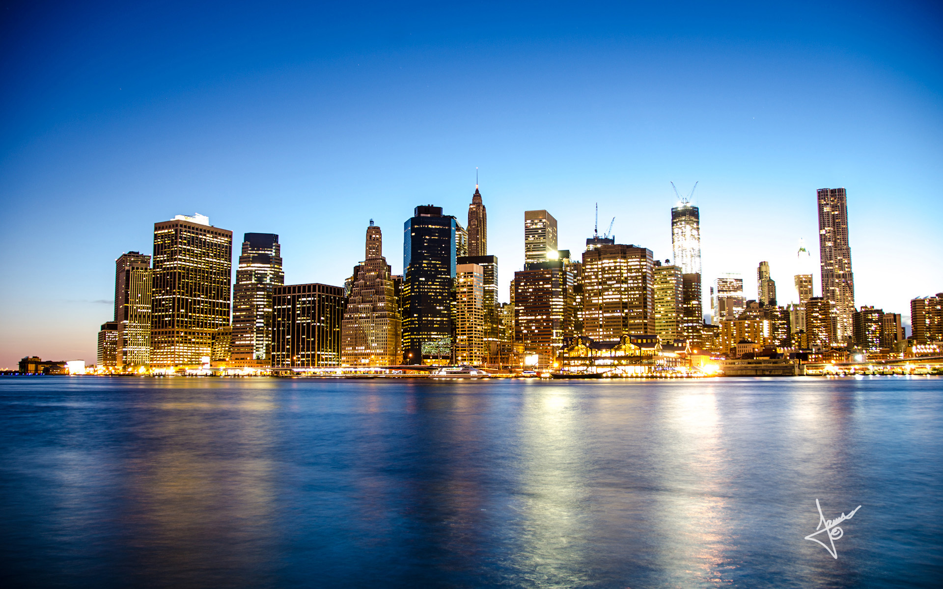 Manhattan Skyline Wallpaper
