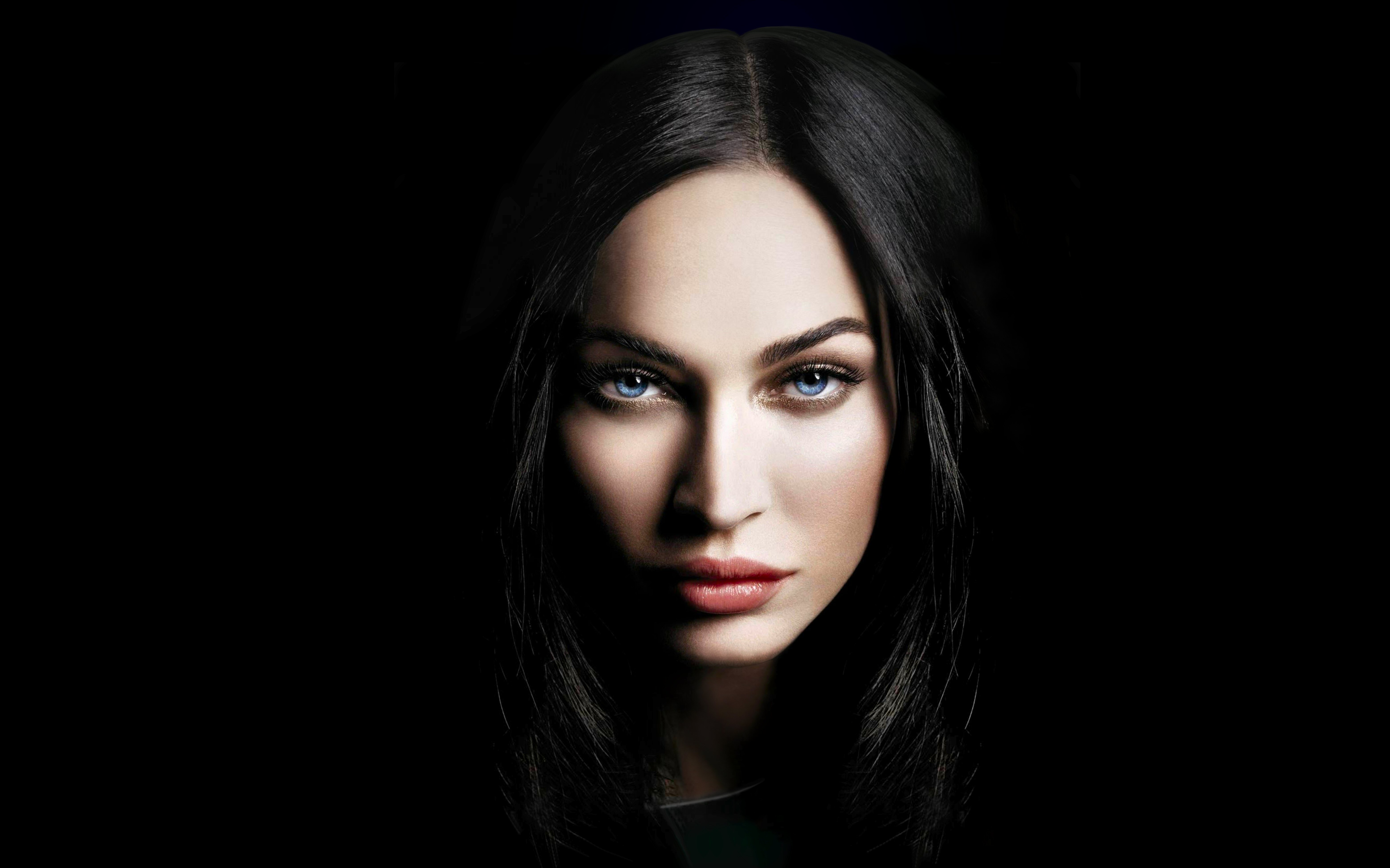 Megan Fox-Wallpaper
