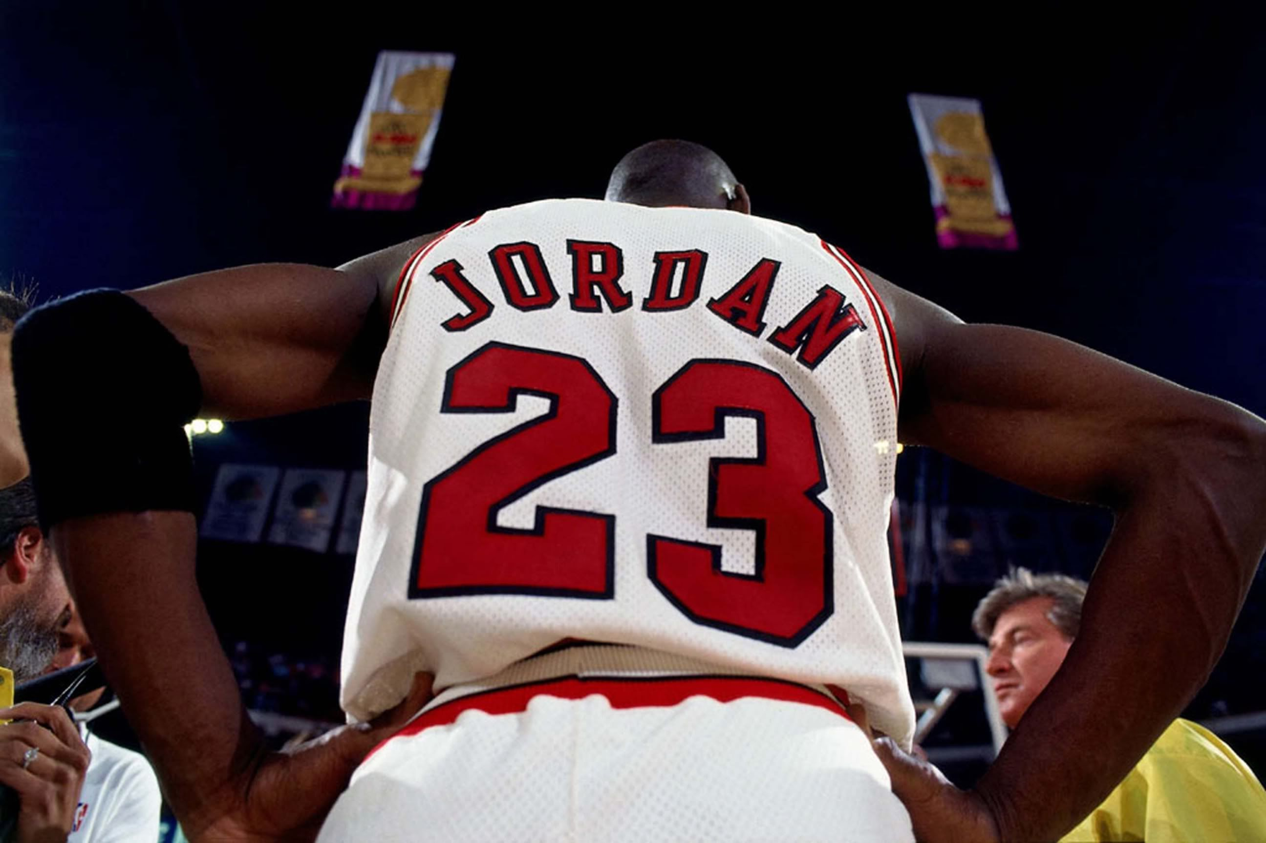 Michael Jordan 23 Wallpaper: Download Michael Jordan 23 Wallpaper Gallery