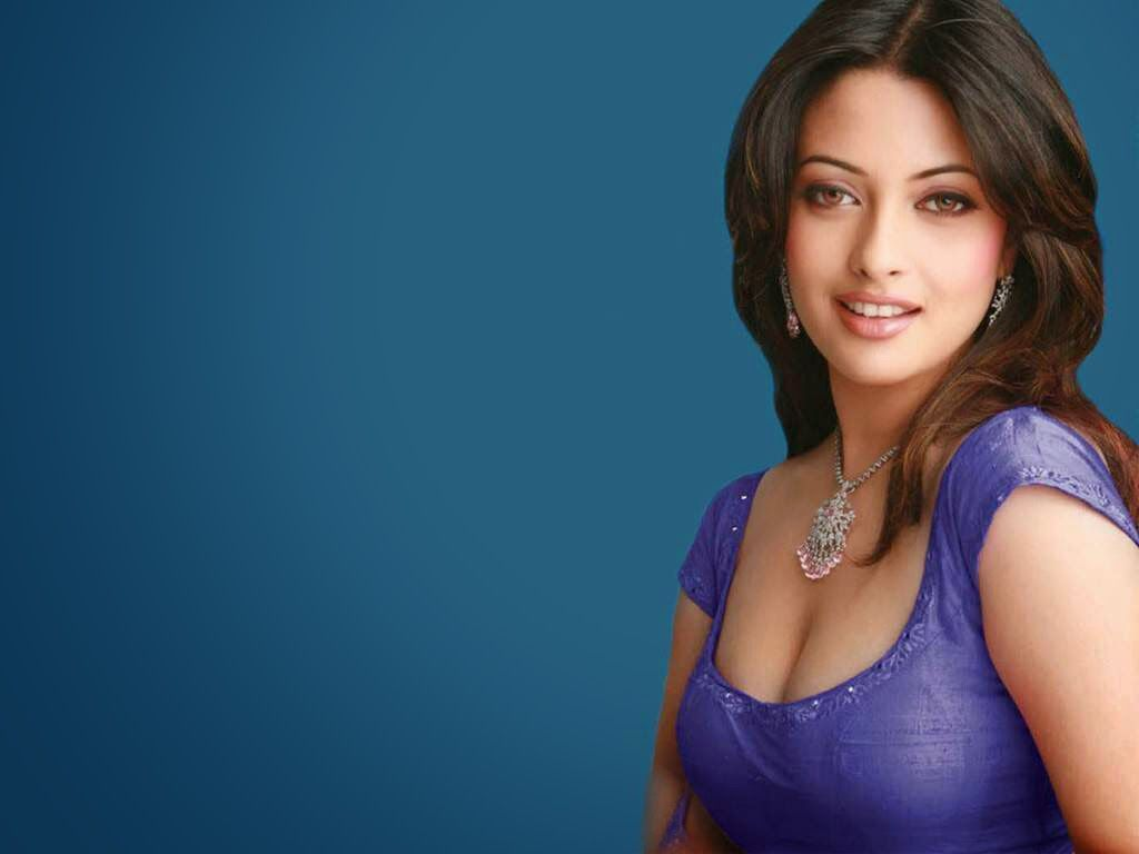 New Actress HD Wallpaper