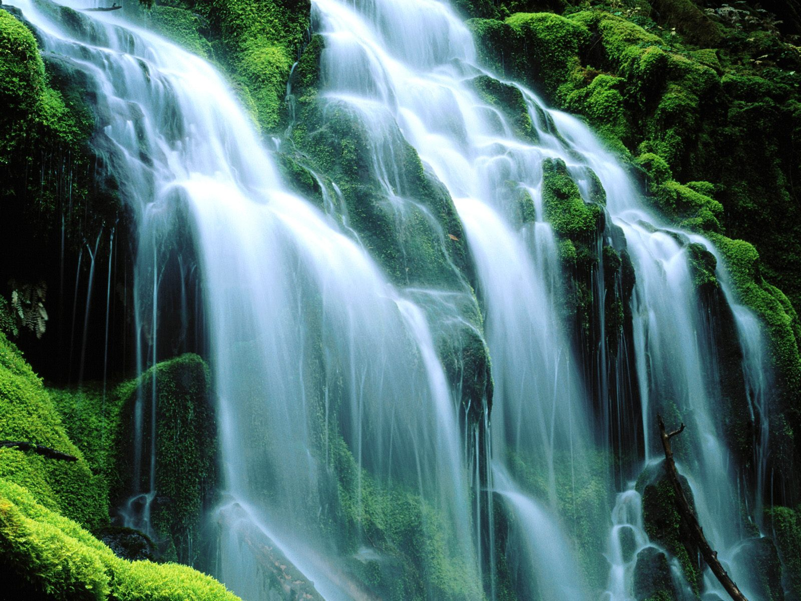 New Waterfall Wallpaper
