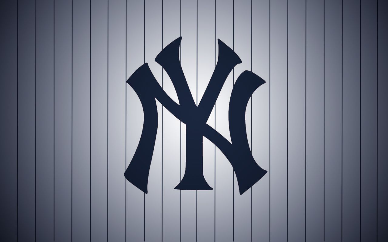 New York Yankee Logo Wallpaper