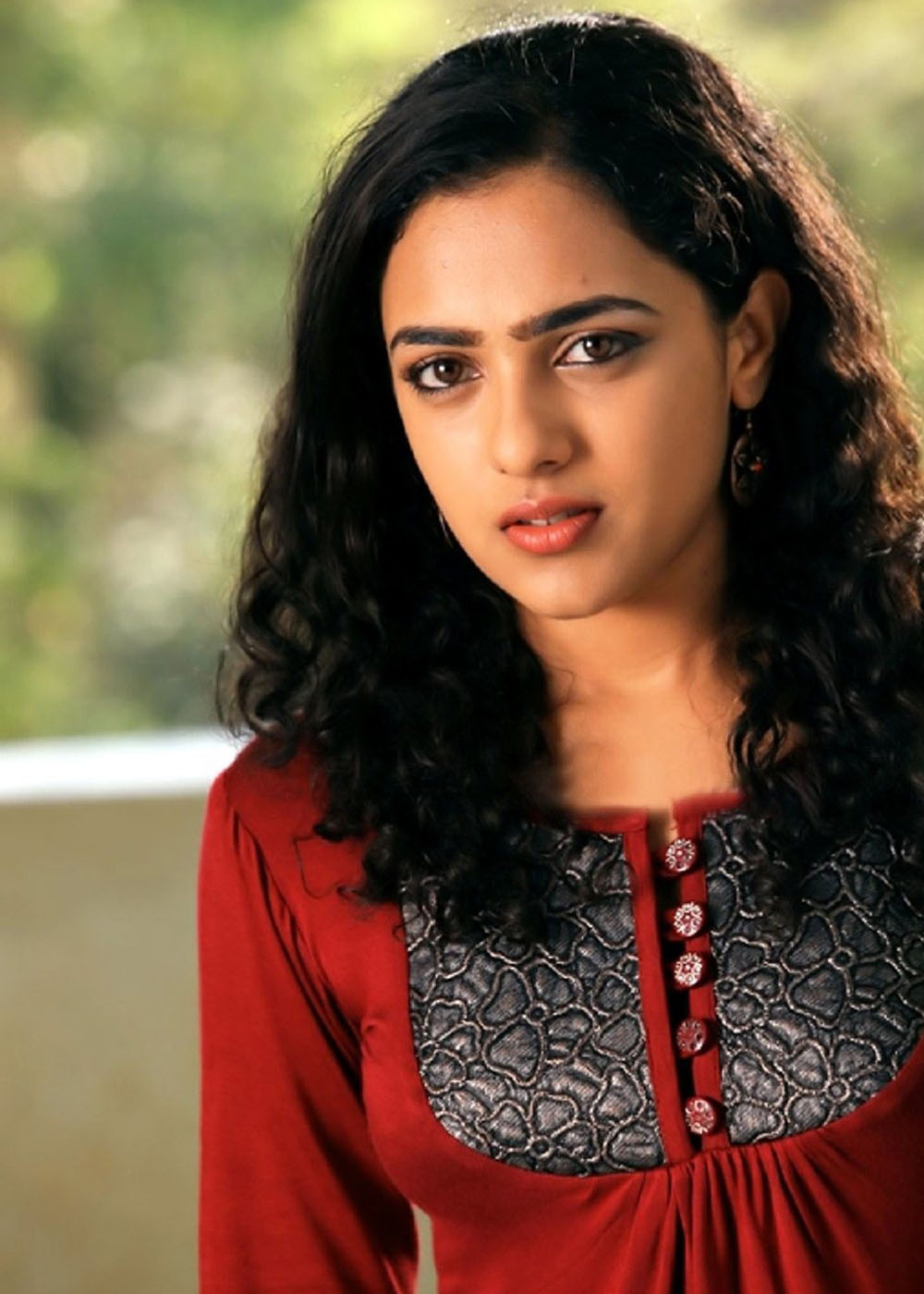 Nithya Menon Wallpaper Download