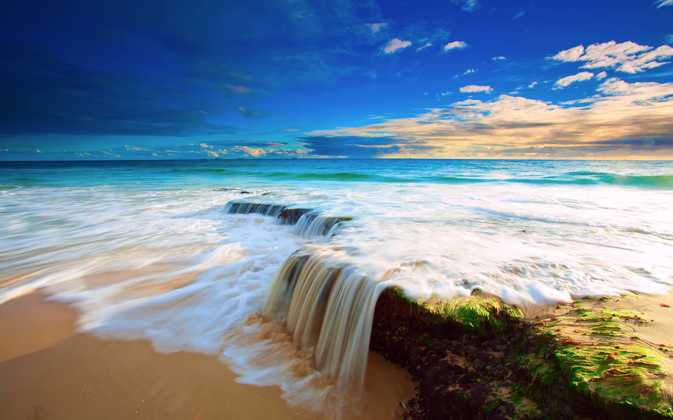 Ocean Scenery Wallpaper