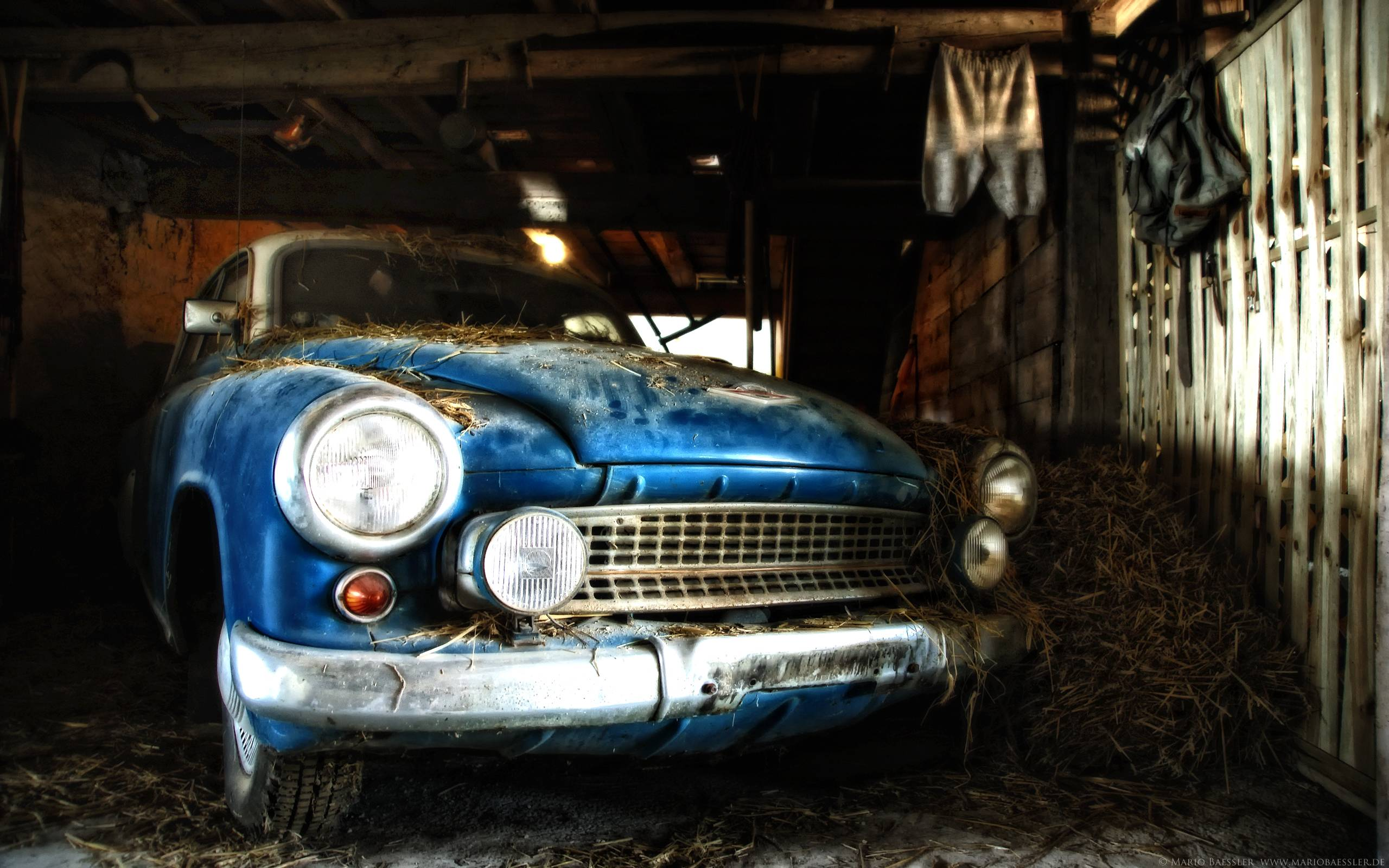 Old Car Wallpaper