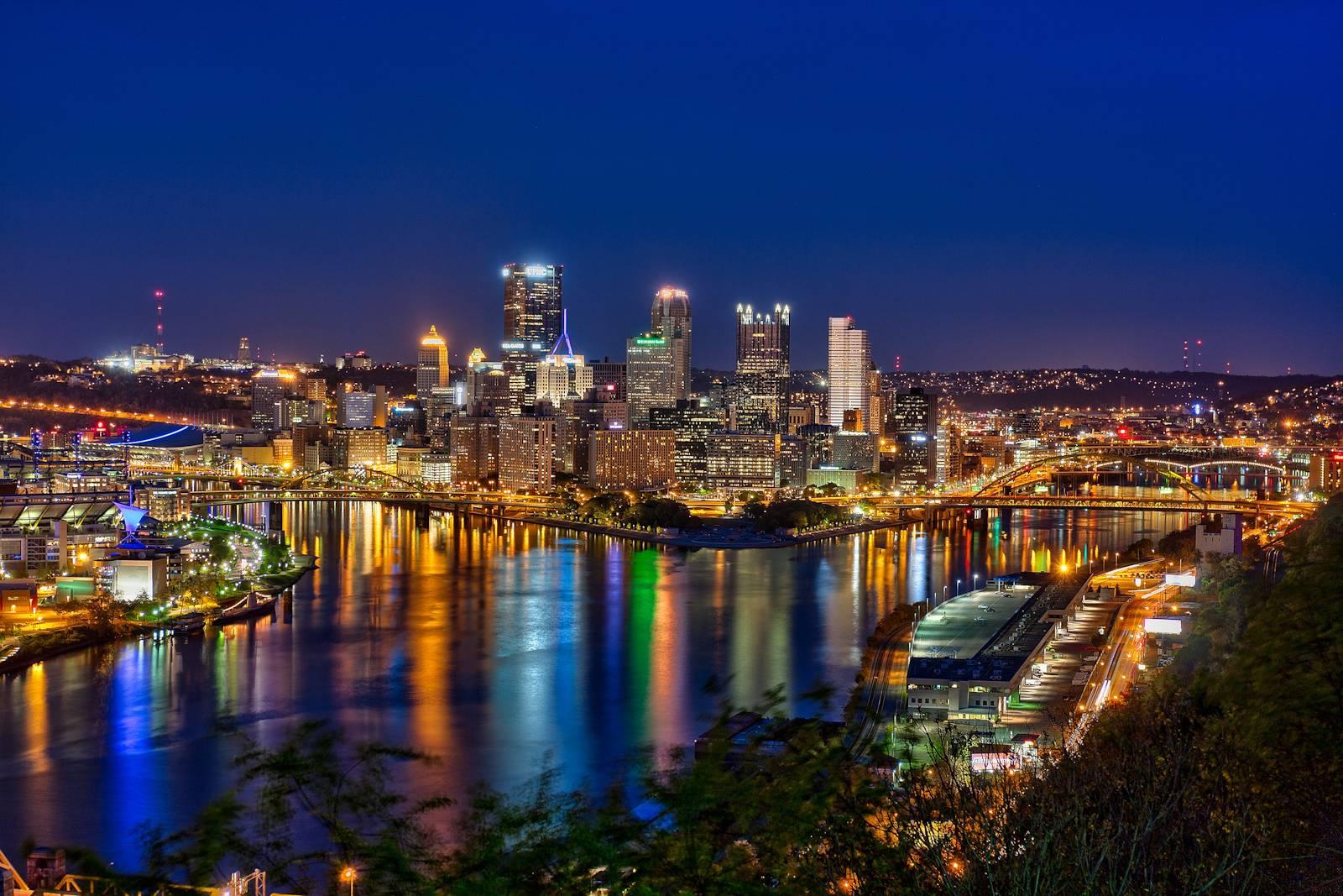 Pittsburgh At Night Wallpaper