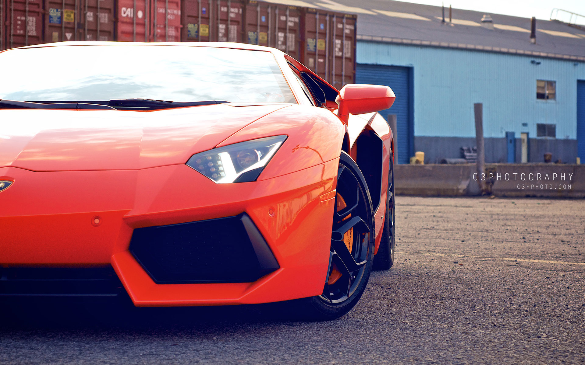 Red Lamborghini Aventador Wallpaper