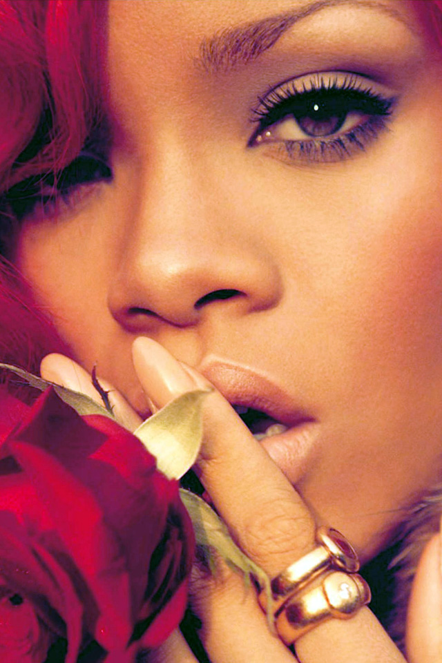 Rihanna Iphone Wallpaper