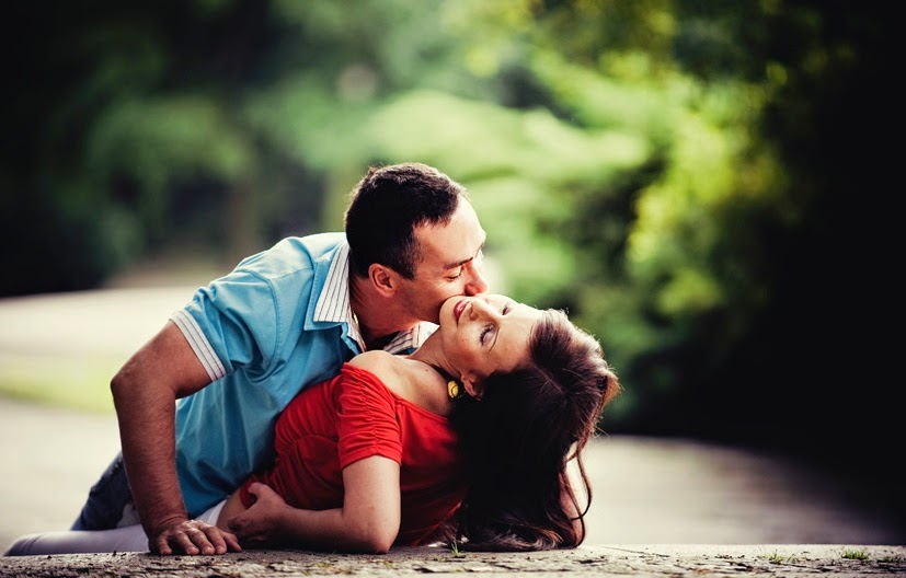 Romantic Love Couples Kissing Wallpapers