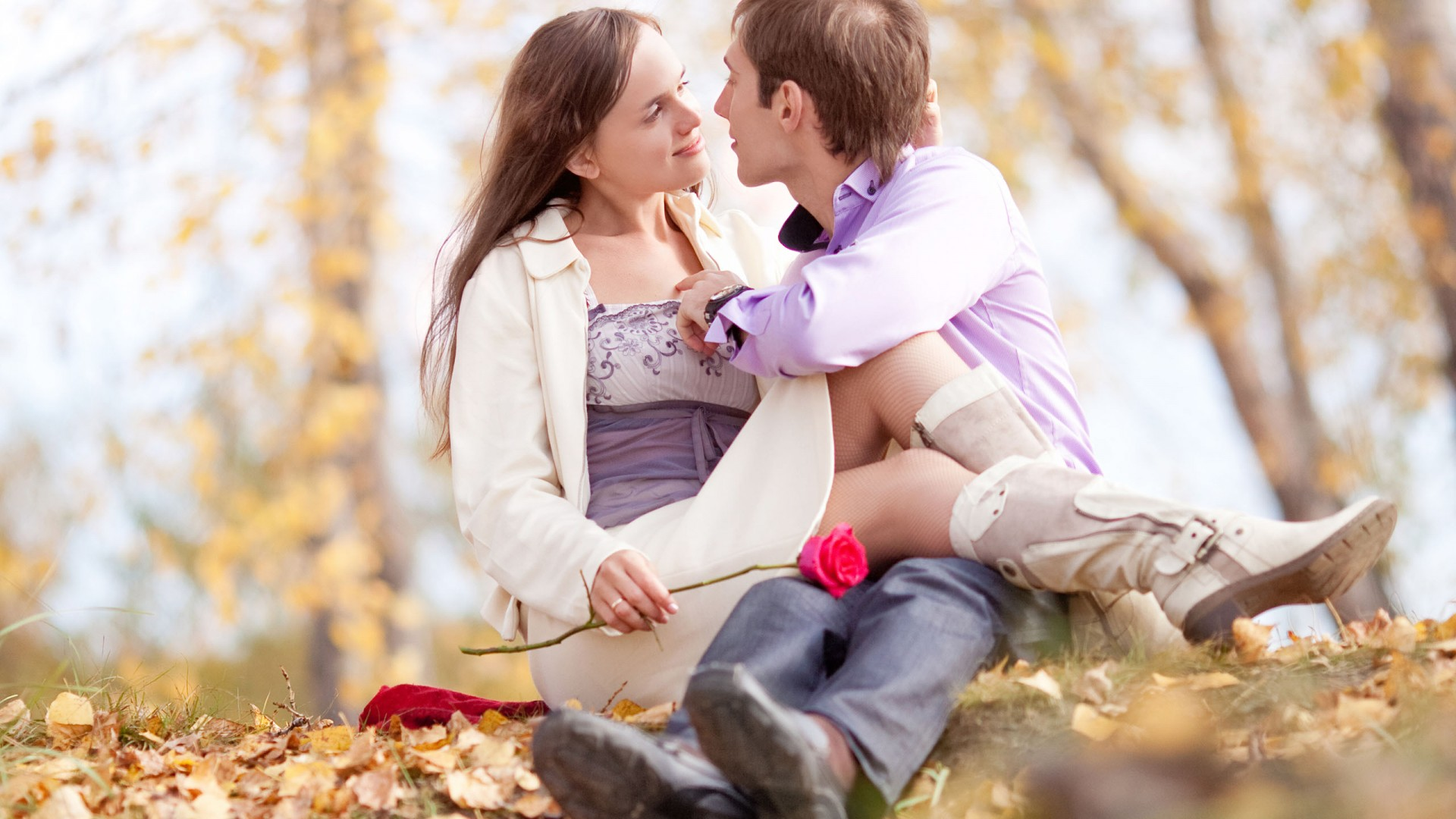 Romantic Love Kiss Wallpapers