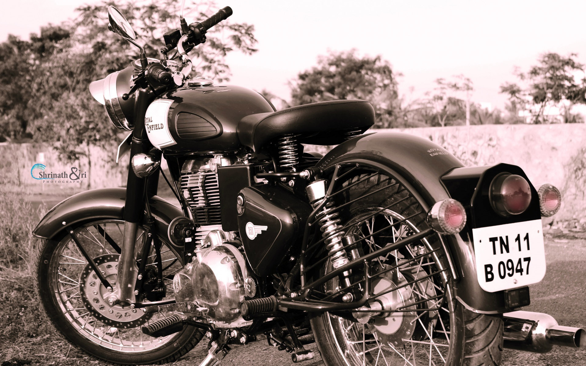 Royal Enfield Wallpapers Download