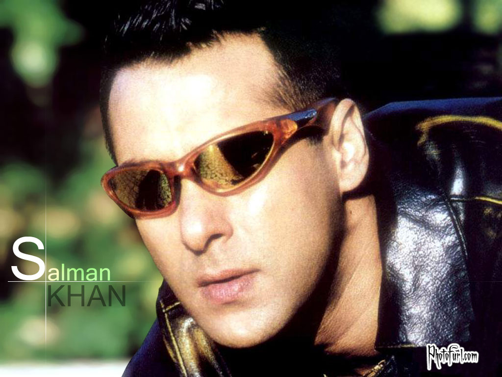 Salman Khan Download Wallpaper