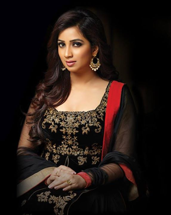 Shreya Ghoshal HD Wallpaper Download