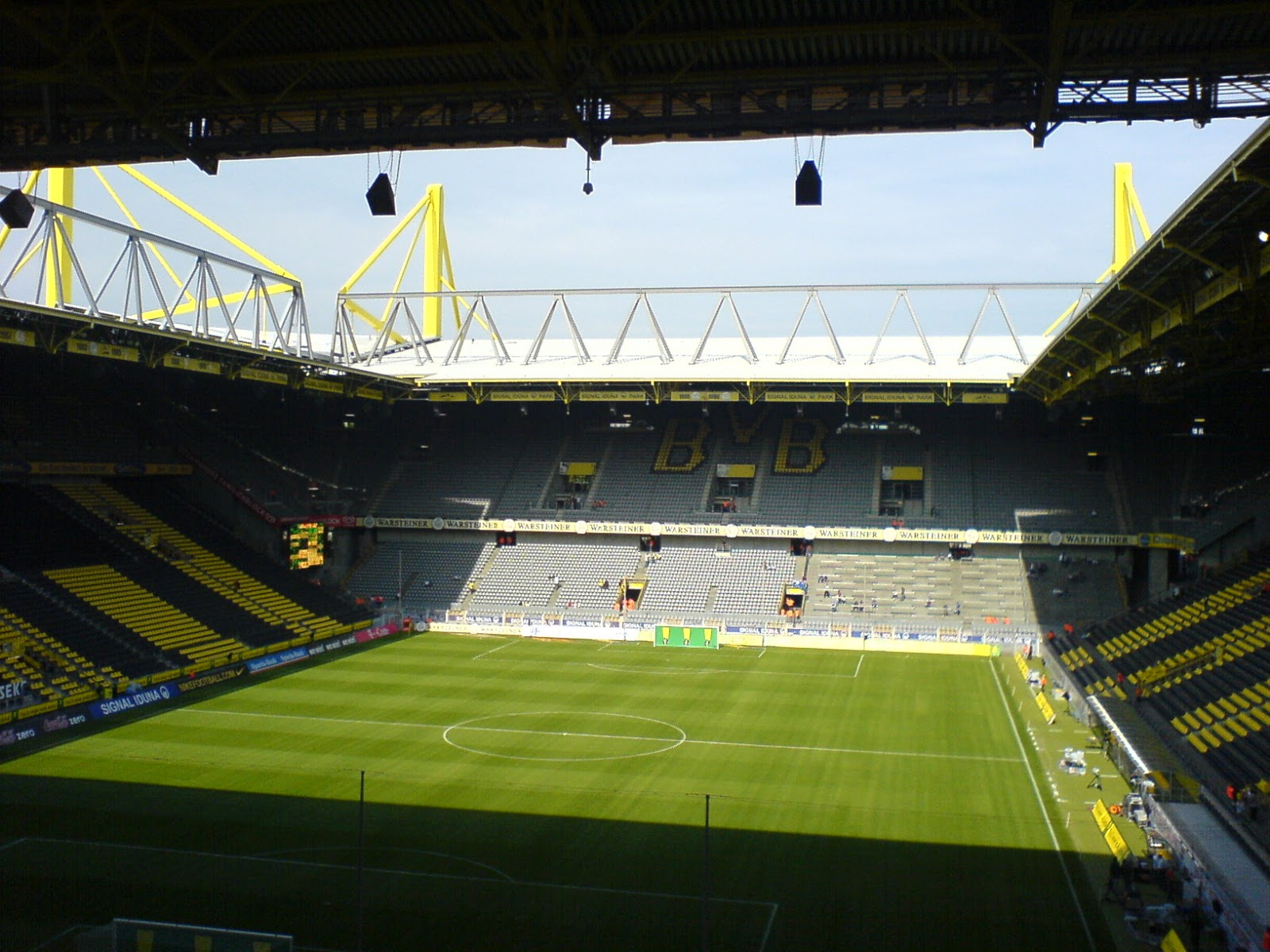 Download Signal Iduna Park Wallpaper Gallery