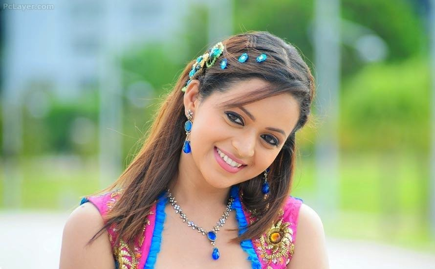 South Actress HD Wallpaper