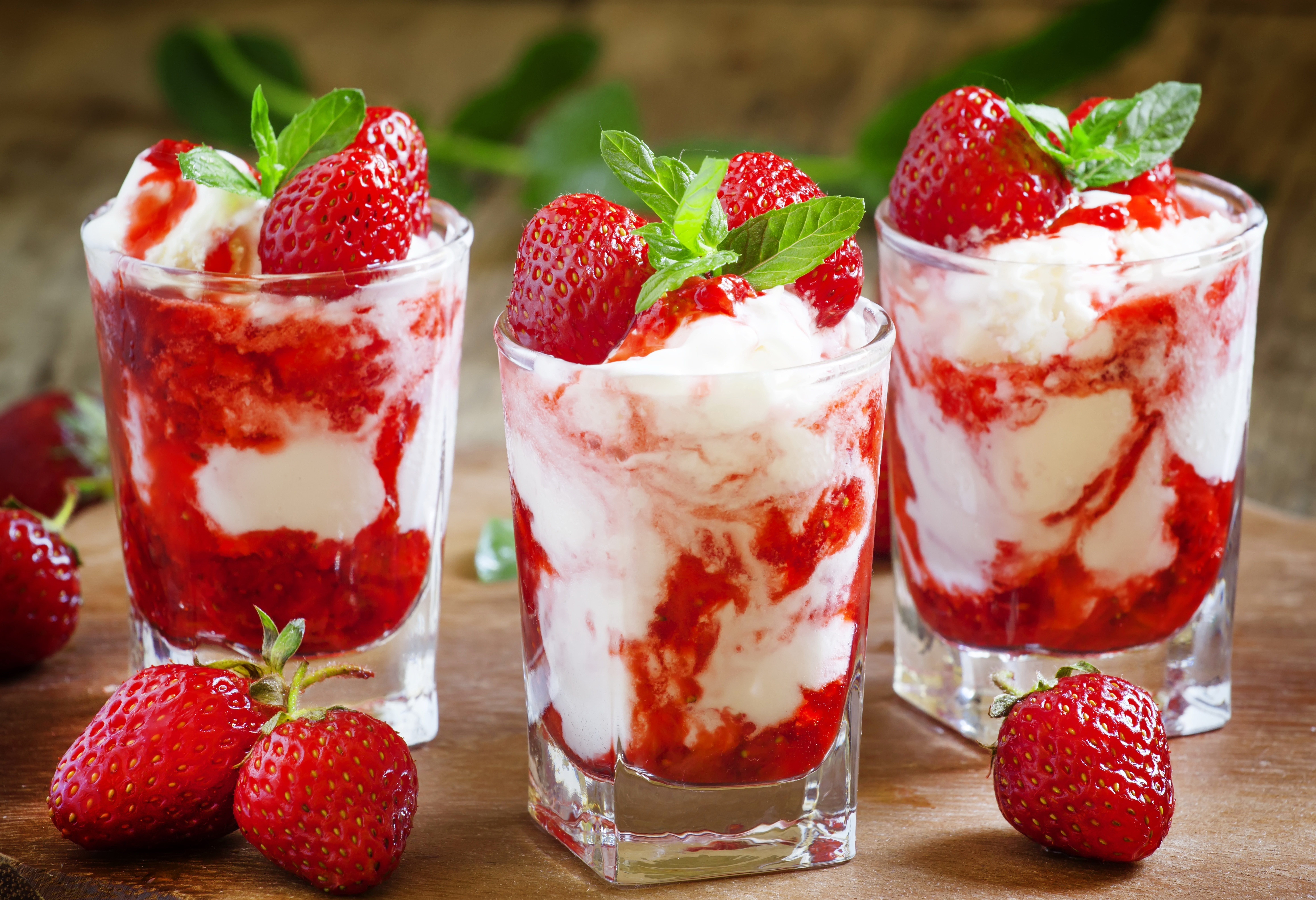 28 Lovely Hd Ice Cream Wallpapers: Download Strawberry Ice Cream Wallpaper Gallery