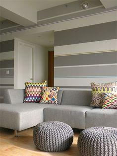 Glamorous Striped Living Room Wallpaper Gallery - Best idea home .