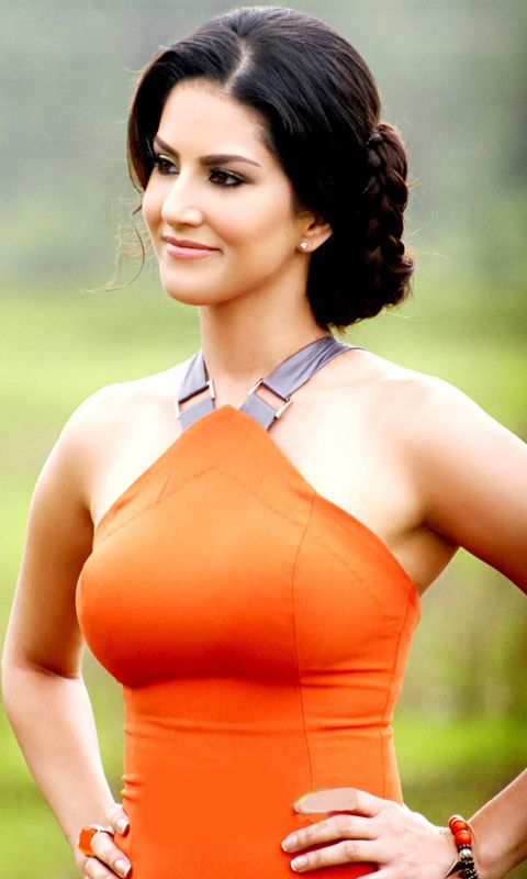 Sunny Leone Mobile Wallpaper