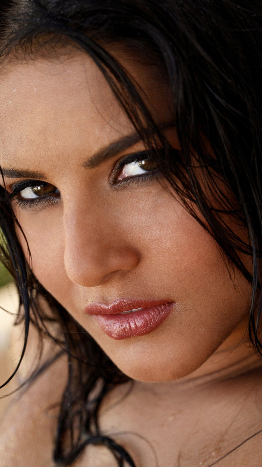 Mercedes Benz San Francisco >> Download Sunny Leone Wallpapers Mobile Gallery