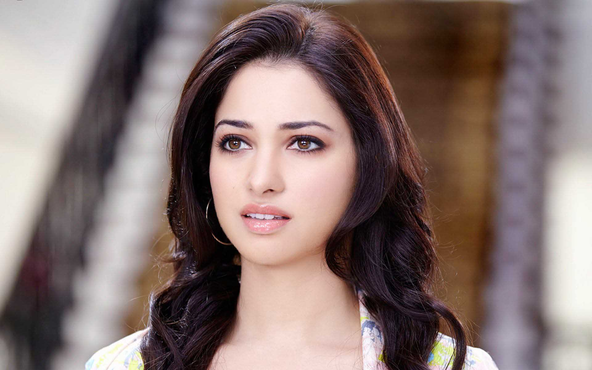 Tamanna Bhatia Wallpaper Download