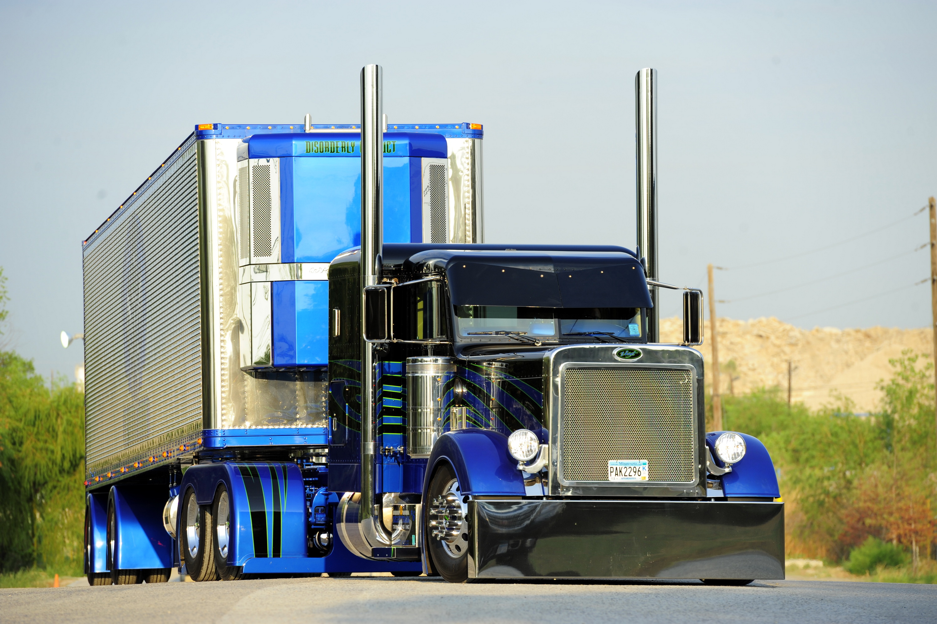 Tractor Trailer Wallpaper