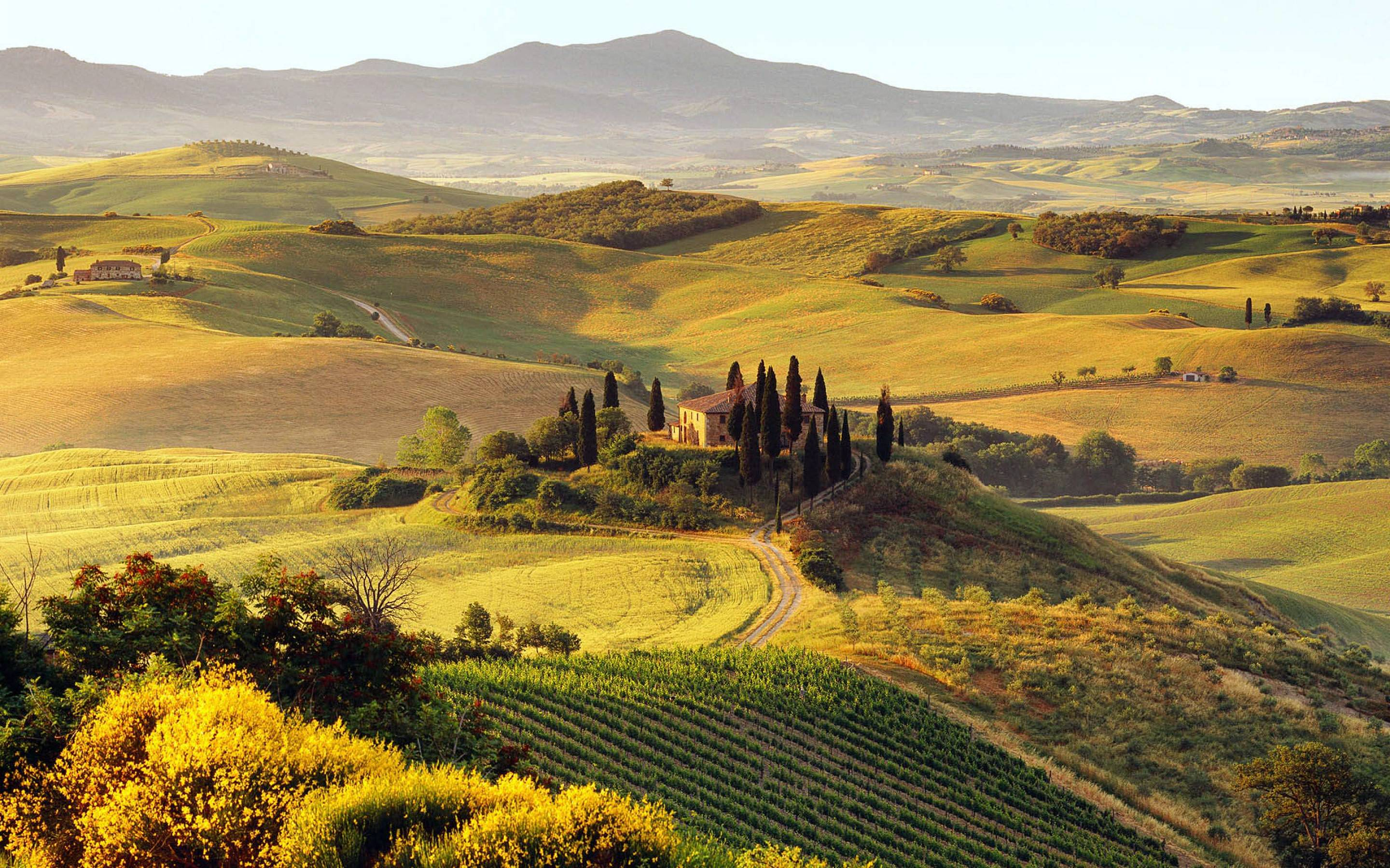Tuscany Wallpaper