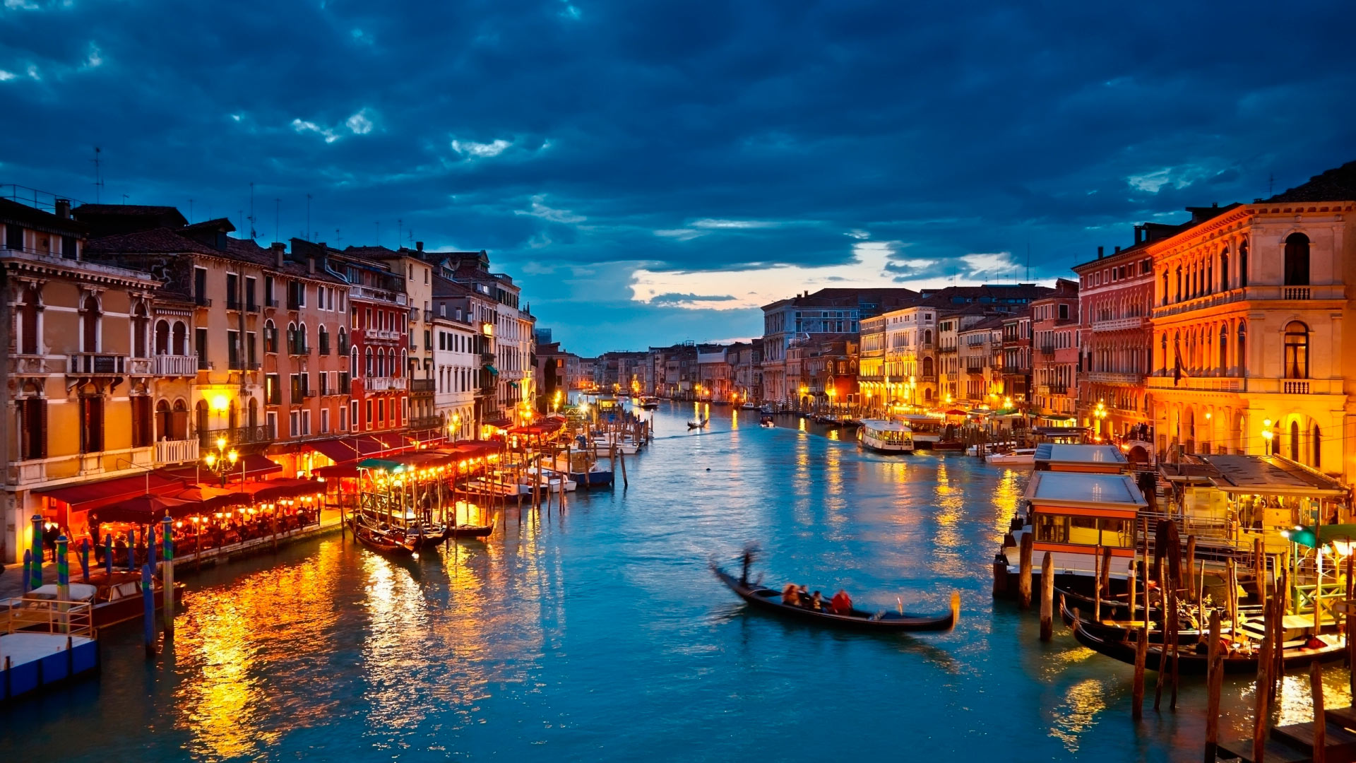 Venice At Night Wallpaper