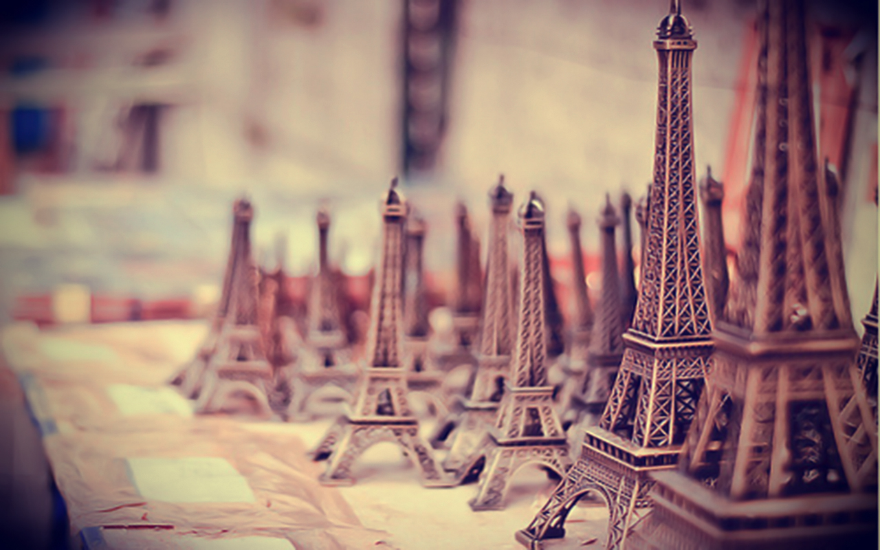 Vintage Paris Wallpaper