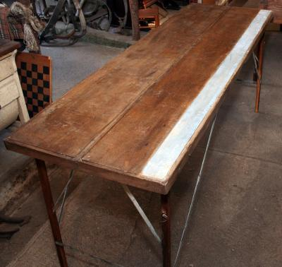 Vintage Wallpaper Table