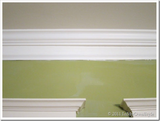 Download Wallpaper Border That Looks Like Crown Molding