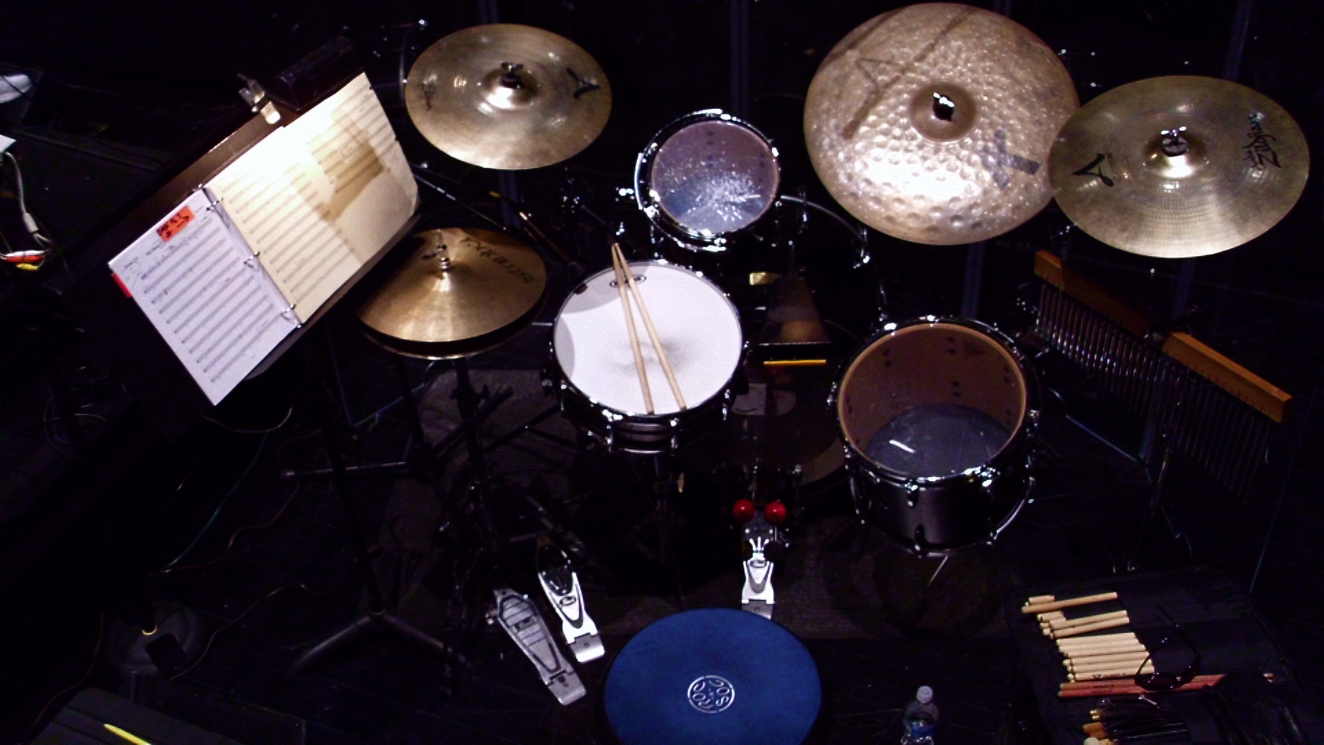 Wallpaper Drum Set