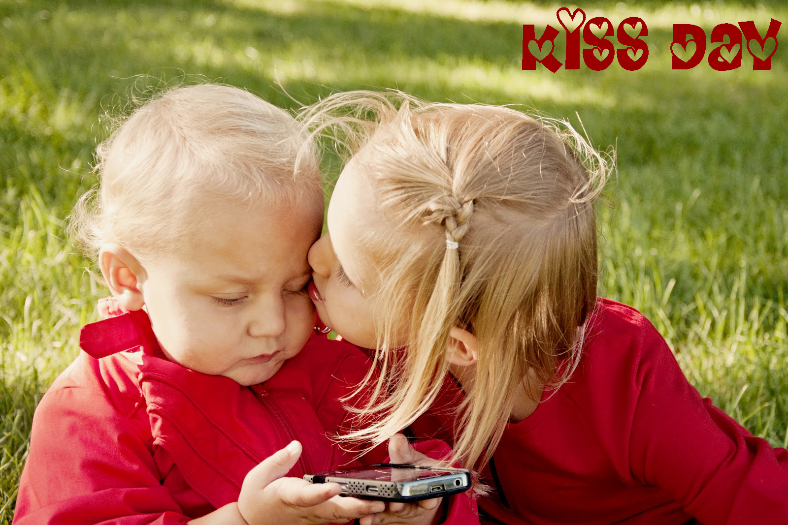 Wallpaper For Kiss Day