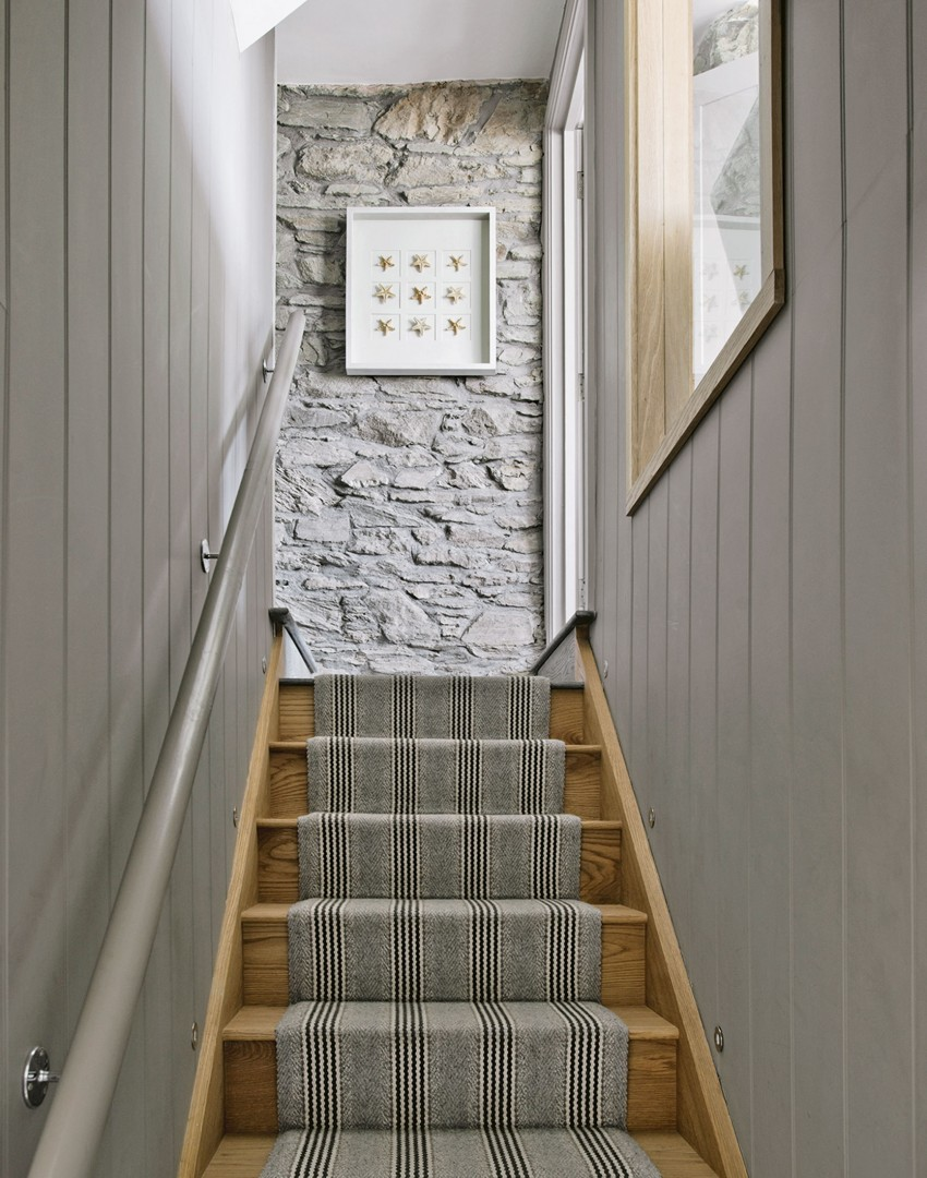 Basement Stair Landing Decorating: Download Wallpaper Ideas For Stairs And Landing Gallery