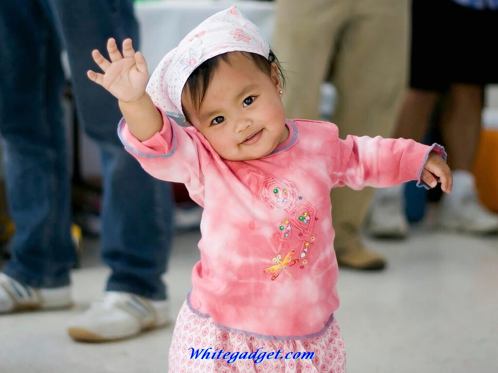 Wallpaper Of Funny Baby